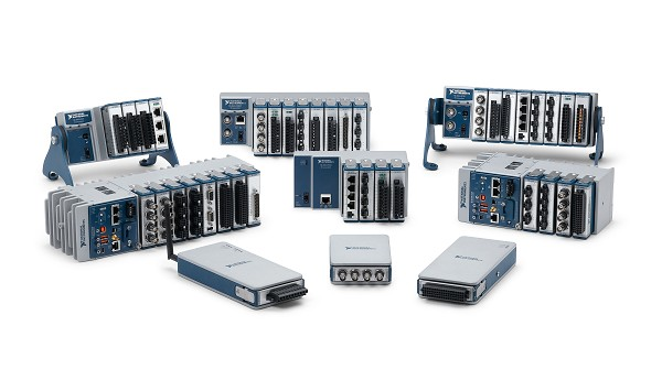 CompactDAQ 섀시 및 컨트롤러는 1, 4, 8 또는 14-슬롯 옵션 제공